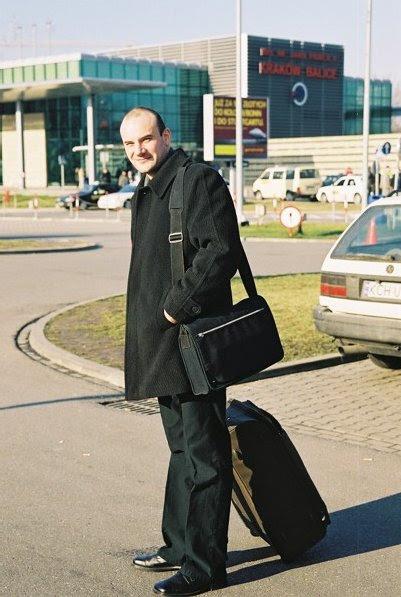 airport1 Jak pozbyć się niepotrzebnych rzeczy