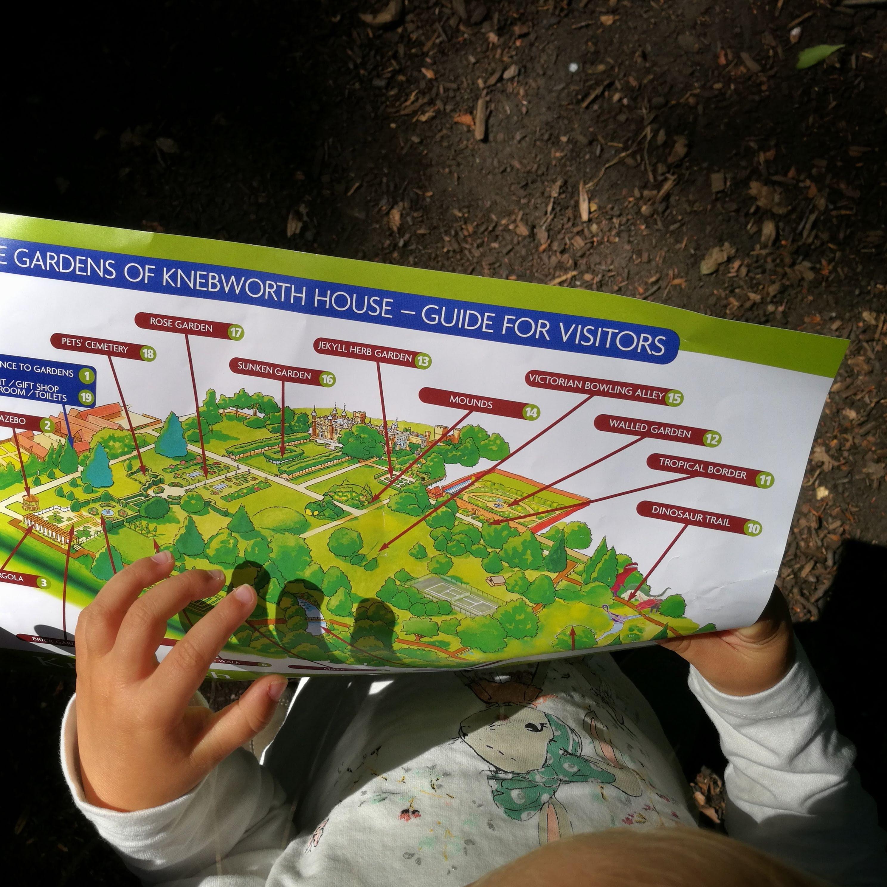 Knebworth: pałac, ogrody i szlak dinozaurów | Mapka